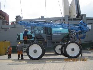 2014 / Véhicules agricoles à destination de la Chine
